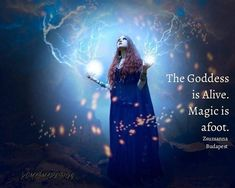 Magick Spells, Witchcraft, Pagan Witch, Witches, Hecate Goddess, Goddess Quotes, Witch Pictures, Witch Quotes, Steampunk