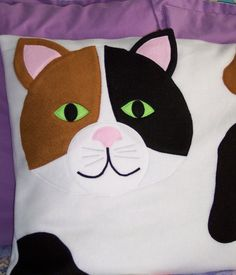 Gato de almohada por My3SillyMonkeys en Etsy