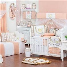 O Quarto para Bebê Princesa traz os tons de salmão de uma forma super diferente e delicada para o quarto de menina!