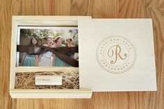 Photography Presentation USB :: Pretty Little Packaging » Phoenix, Scottsdale, Chandler, Gilbert Maternity, Newborn, Child, Family and Senior Photographer  Laura Winslow Photography {phoenix's modern photographer}