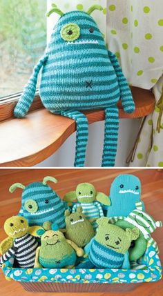 Baby Knitting Patterns Yarn Thanks Amy! Knit a Monster Nursery - Practical and Playful Knitted Baby Patterns. Baby Knitting Patterns, Knitting For Kids, Baby Patterns, Knitting Projects, Crochet Projects, Sewing Projects, Knitting Toys, Nursery Patterns, Clothes Patterns