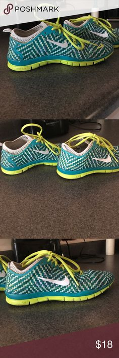 💚 NIKE FREE 💚 Nice shoes, very good condition 🌈 Nike Shoes Athletic Shoes