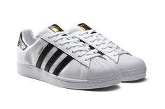 huge discount 73bf7 088e7 adidas Originals Superstar