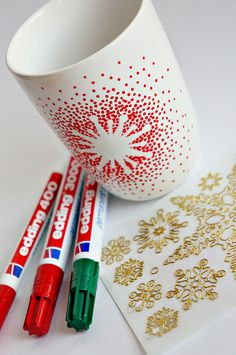 A nice decorated cup made with edding markers. Done by Miss Beauty Lab
