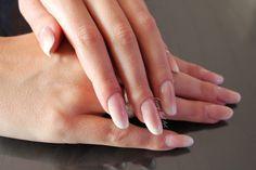 Tuto - Pose d'ongles en résine acrylique sur chablon façon Babyboomer !