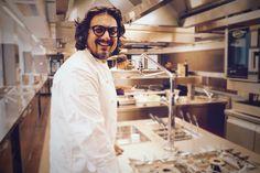 ♥️ Alessandro Borghese ❤️ apre le porte 🚪 al suo ristorante ♥️