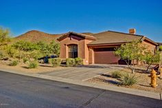 #ArizonaLuxuryRealEstate #MountainViews #MSmithAZRealtor Love coming home to…