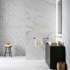 Bathroom perfection 🖤🖤Showcasing two a our new materials for impressive large porcelain slabs 'Mimica Bianca Ravenna' in matt & beautiful Marble Mosaics, 'Alps Small Lattice'. Have a great Wednesday all 😊😊 Mandarin Stone, Gold Bathroom, Marble Bathrooms, Bathroom Ideas, Modern Bathrooms, Family Bathroom, Bathroom Renovations, Bathroom Faucets, Small Bathroom