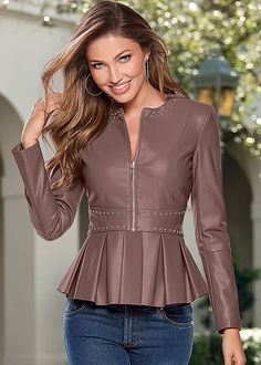 Shop women's Faux Leather Peplum Jacket in from VENUS clothing online or Discover jackets & coats in trendy styles at great prices today. Curvy Outfits, Chic Outfits, Plus Size Outfits, Coats For Women, Jackets For Women, Women's Jackets, Venus Clothing, Curvy Women Fashion, Womens Fashion