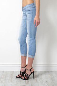 bbba8a013140b Details about FLYING MONKEY Crinkle Wash Light Denim Skinny Jeans  L7854-1110J $68 NEW