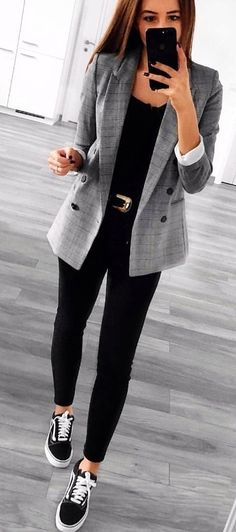 #spring #outfits  woman gray notched lapel suit jacket. Pic by @fashionpossessions