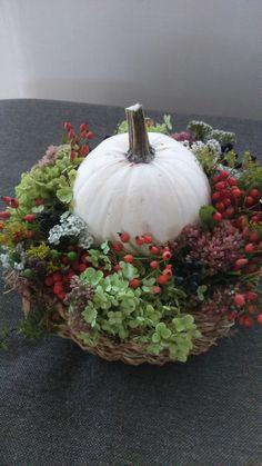 Seasonal Decor, Pumpkin, Seasons, Table Decorations, Vegetables, Holiday, Home Decor, Craft, Pumpkins