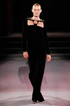 Tom Ford Fall 2016 Ready-to-Wear Fashion Show - Amber Valletta