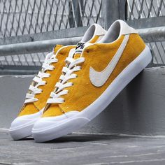 premium selection 82c43 265a3 Nike SB Zoom All Court  Mustard Nike Running Trainers, Running Shoes Nike,  Yoga