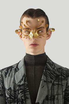 (1) Itens salvos / Twitter Headdress, Headpiece, Character Aesthetic, Character Design, Fashion Art, Mens Fashion, Fashion Design, Latest Sunglasses, Face Jewellery