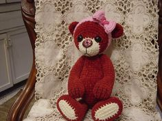 -Artist teddy bear crochet thread Valentine by CrochetTeddyBears