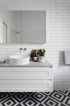 White and grey bathroom vanity. ELWOOD - Bathroom and Kitchen Renovations and Design Melbourne - GIA Renovations Top Bathroom Design, Bathroom Styling, Apartment Bathroom, Bathroom Interior, Small Bathroom, Small Bathroom Vanities, Grey Bathroom Vanity, Bathroom Flooring, Kitchen Renovation