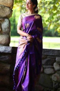 Trendy Ideas For Classy Bridal Shower Outfit Style Kasavu Saree, Silk Saree Kanchipuram, Silk Sarees, Banaras Sarees, Georgette Sarees, Purple Saree, Shower Outfits, Sari Blouse Designs, Saree Look