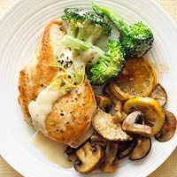 MAIN DISH - chicken, lemon, broccoli alfredo...what a nice light take on a normally heavier classic....mmmm....great for summer @Better Homes and Gardens