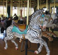Google Image Result for http://0.tqn.com/d/stlouis/1/0/a/1/-/-/zoocarousel.JPG
