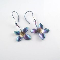 Hand made titanium earrings, hypoallergenic and very lightweight.