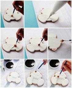 Simple Decorated Polar Bear Cookies | The Bearfoot Baker
