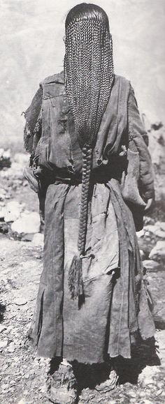 tobacco-and-leather:Tibetan women's long braided hair, many rows of brands become one at end, hair so long can sit on it, hair to knees, Costume Ethnique, Tibetan Buddhism, Tibetan Art, Natural Hair Styles, Long Hair Styles, Dreadlocks, Braids For Long Hair, People Of The World, Tribal Art