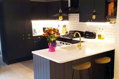 An Innova Linwood Graphite Kitchen.