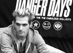 ERMAGHERD MIKEY WAY IS SMILING THIS IS LEGENDARY!!!!!!!!