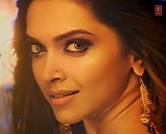Hottest Sultriest And Seductive Fire Cracker Deepika Padukone in Lovely Hindi Song From Upcoming Hindi Movie Happy New Year.Deepika Padukone is Looking So Sultriest and Seductive