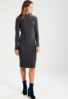 f930e41e7eddcb 23 spannende afbeeldingen over Dames jurk in 2019 - Knitting ...