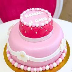 Gâteaux personnalisés, Paris,Gourmandise, Anniversaire, Gâteau d'anniversaire, Cake design Paris, Birthday cake, Pièce montée, Rose, Ruban, Fleurs