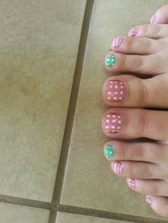 Toe nails for Easter
