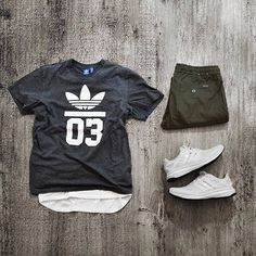 WEBSTA @ wdywt - or: by Energy for on-feet photos for outfit lay down photos Komplette Outfits, Urban Outfits, Cool Outfits, Casual Outfits, Mode Masculine, Looks Adidas, Urban Fashion, Mens Fashion, Street Fashion