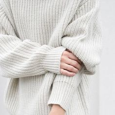 embracing an all white palette from chalk to ivory to warm whites all white bridal fashion jewelry christmas white aesthetic decor interior # Skam Noora And William, American Apparel, Noora Style, Look Fashion, Winter Fashion, Net Fashion, Fashion Brands, Luxury Fashion, Noora Skam