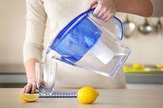 Co všechno je obsaženo v pitné vodě? Máte se bát hormonů a zbytků léčiv?