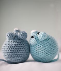 El Gallo Bermejo: Un ratón (patrón gratis) - a mouse (free crochet pattern) - scroll down for the English version