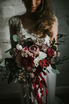 The Depths of Winter – Dark & Decadent Wedding Inspiration