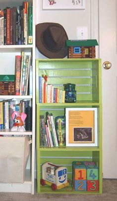 Fruit Crate Shelves DIY Storage by cathryn Crate Bookshelf, Bookshelves Kids, Pallet Bookshelves, Wooden Diy, Wooden Boxes, Cheap Home Decor, Diy Home Decor, Apple Crates, Fruit Crates