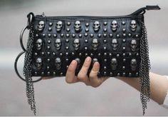 Skull purse.