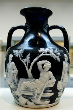 Portland Vase, 1st century A.D. Roman Glass, Pompeii, British Museum, inspiration for modern cameo glass