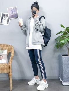 Korean Girl Fashion, Korean Fashion Trends, Ulzzang Fashion, Korean Street Fashion, Korea Fashion, Cute Fashion, Asian Fashion, Men Fashion, Winter Fashion