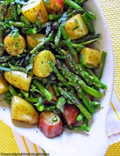 The Best Healthy Recipes: Roasted New Potatoes and Asparagus. Roasted New Potatoes and Asparagus...It's Almost Summer Time & Asparagus & New Potatoes Are Plentiful...Time To Do Some Veggie Roasting!! Great Side Dish, Beautifully Presented....
