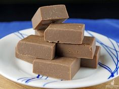 Deliciously Rich Slow Cooker Fudge - Slow Cooking Perfected