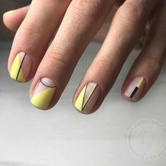 Geometric nail art designs look beautiful and chic on short and long nails. Geometric patterns in any fashion field are the style that fashionistas dream of. This pattern has been popular in nail art for a long time, because it is easy to create in n Minimalist Nails, Nail Lacquer, Nail Polish, Nail Nail, Hair And Nails, My Nails, Matte Acrylic Nails, Yellow Nail Art, Geometric Nail Art
