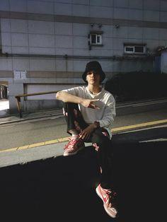 Nct Taeyong, Nct 127, Bubble, Na Jaemin, Night Aesthetic, Winwin, K Idols, Boyfriend Material, Nct Dream