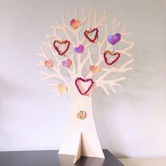 valentijnsdag seizoensboom Strawberry Jello Shots, Pop Up Greeting Cards, Dog Crafts, December 25, Chocolate Covered Strawberries, Beautiful Mess, Valentine's Day Diy, Valentines Diy, Easy Peasy