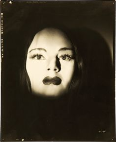 Carroll Borland as Luna in Mark of the Vampire (1935) A great little gem of a film, with a twist at the end. (minkshmink)