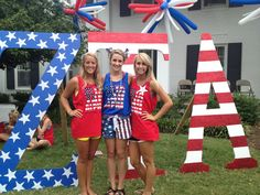 Patriotic letters and tees make for a prideful Bid Day celebration.