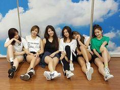 EuiJin de sonamoo, Mina de twice, Mijoo de lovelyz, Seulgi de red velvet, YooA de oh my girl y EunJin de DIA